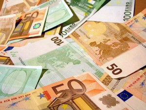 Bargeld-Euro-300x225